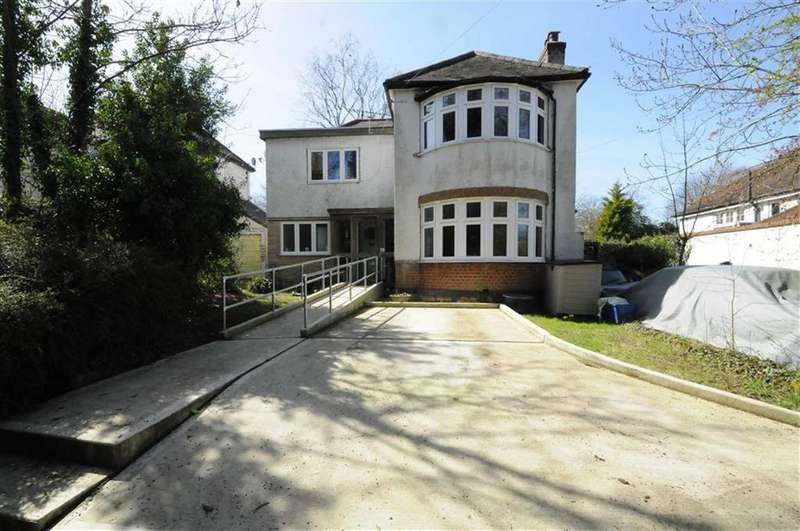 4 Bedrooms Detached House for sale in Galley Lane, Arkley, Herts, EN5