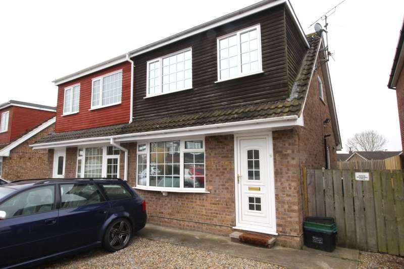 3 Bedrooms Semi Detached House for sale in Greenshaw Drive, Haxby, York, YO32