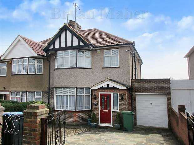 3 Bedrooms Semi Detached House for sale in Dunster Drive, LONDON
