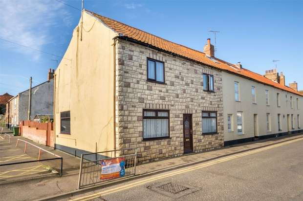 3 Bedrooms Semi Detached House for sale in 39 Freeman Street, Wells-next-the-Sea