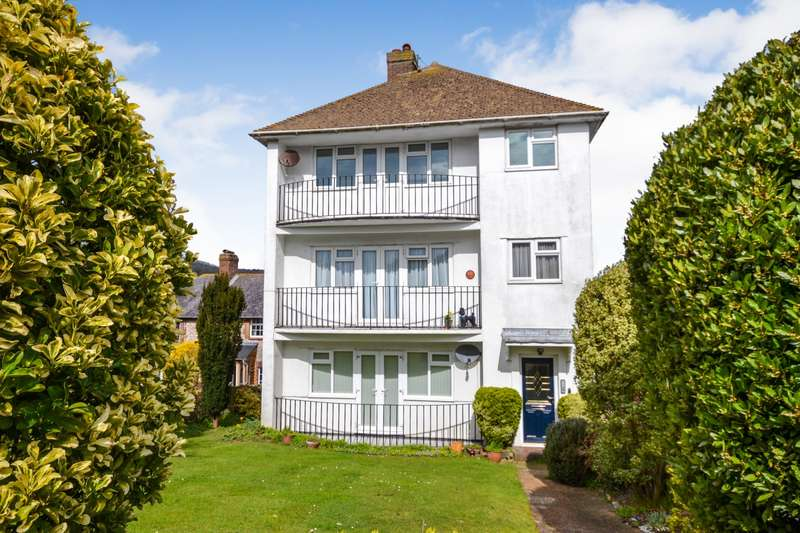 2 Bedrooms Flat for sale in East Dean Road, Eastbourne, BN20