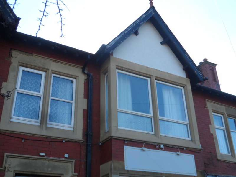 2 Bedrooms Flat for sale in Barton House, KNOTT END ON SEA, FY6 0BN