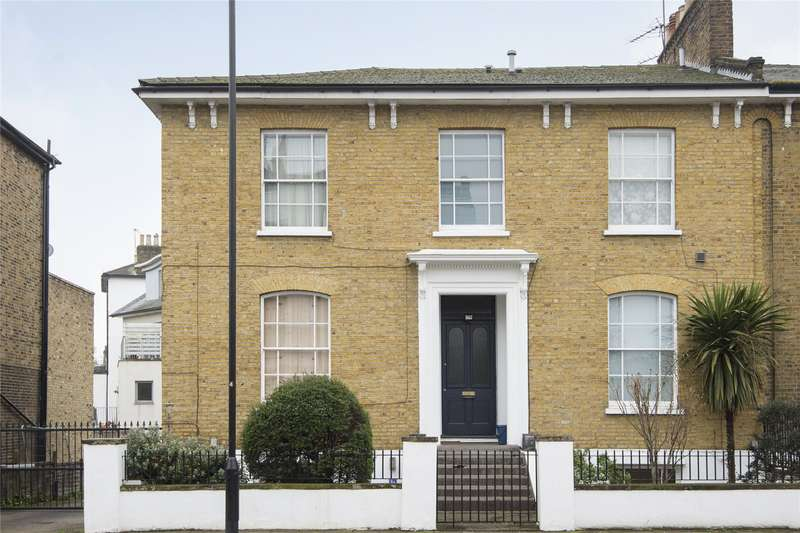 3 Bedrooms Flat for sale in Graham Road, London, Hackney, E8