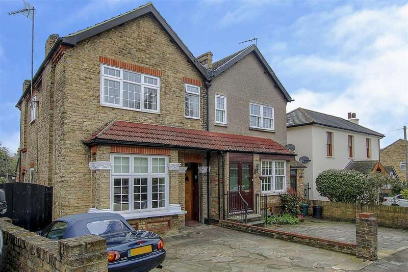 3 Bedrooms House for sale in Junction Road, Warley, Brentwood