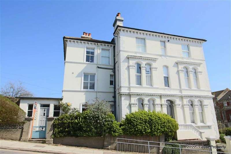 5 Bedrooms Semi Detached House for sale in Priory Avenue, Hastings