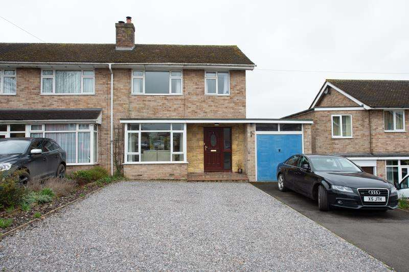 3 Bedrooms Semi Detached House for sale in Churchill Way, Long Hanborough, Witney, Oxfordshire