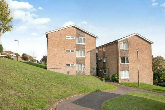 1 Bedroom Apartment Flat for sale in The Pastures, High Wycombe