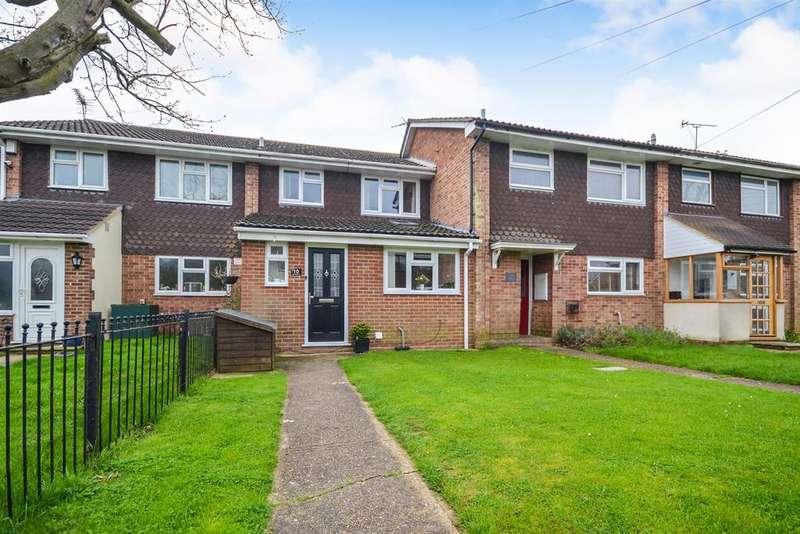 3 Bedrooms Terraced House for sale in Buckeridge Way, Bradwell-on-Sea