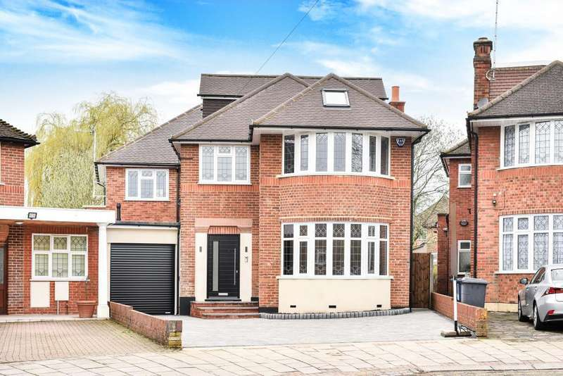 5 Bedrooms Detached House for sale in Twineham Green, Woodside Park, N12