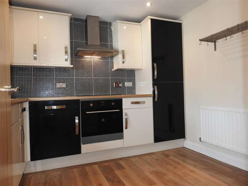 2 Bedrooms Detached House for sale in Main Street, Buckshaw Village
