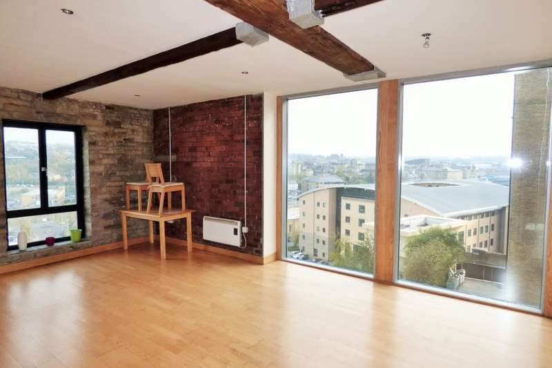 2 Bedrooms Flat for sale in Broad Street, Bradford, BD1