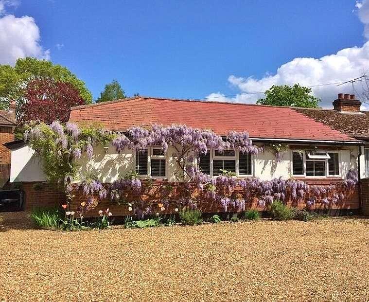 3 Bedrooms Semi Detached Bungalow for sale in Queens Road, Bisley, Woking, Surrey, GU24