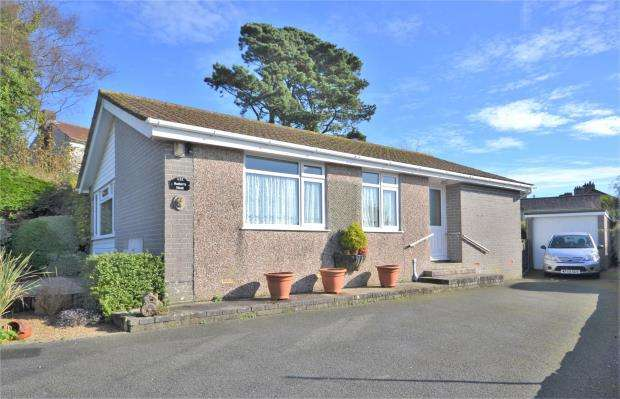 3 Bedrooms Detached Bungalow for sale in Broadmead, Callington, Cornwall