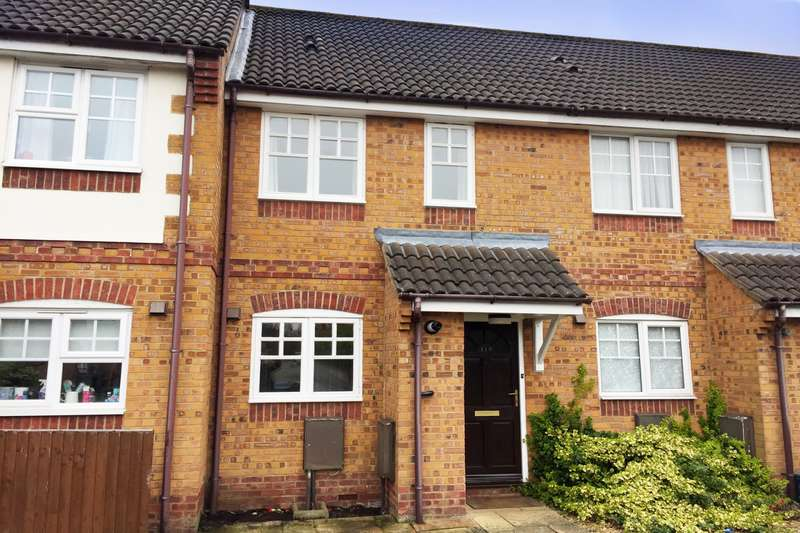 2 Bedrooms Terraced House for sale in Holly Drive, Aylesbury, HP21