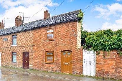 2 Bedrooms End Of Terrace House for sale in Denmark Street, Bletchley, Milton Keynes, Buckinghamshire