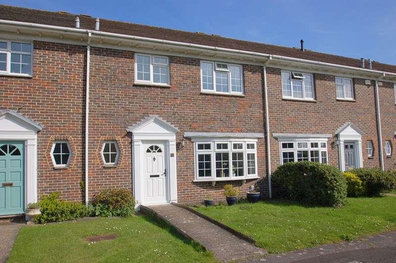 3 Bedrooms Terraced House for sale in Bramley Gardens, Alverstoke, Gosport
