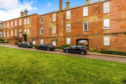1 Bedroom Flat for sale in Knowle, Fareham, Hampshire