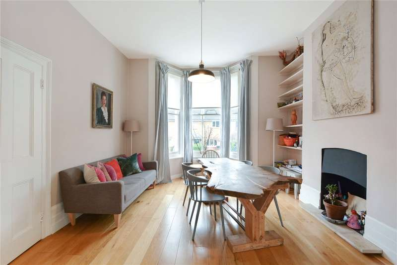 3 Bedrooms Semi Detached House for sale in Speldhurst Road, South Hackney, E9