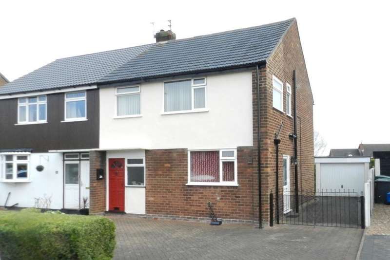 3 Bedrooms Semi Detached House for sale in Sandfield crescent, Glazebury, Warrington, WA3 5NF