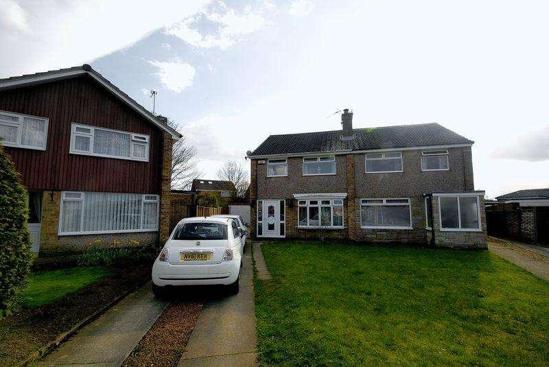 3 Bedrooms Semi Detached House for sale in Hesleden Avenue, Middlesbrough
