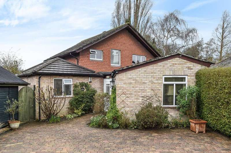 4 Bedrooms Detached House for sale in Kings Road, Emsworth, PO10