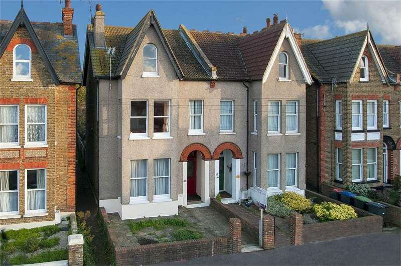 6 Bedrooms Semi Detached House for sale in Beacon Road, Herne Bay, Kent
