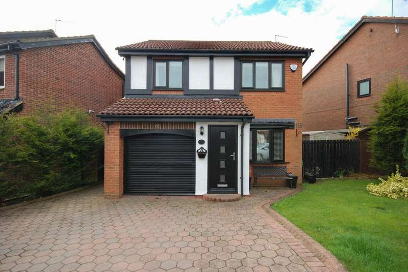 3 Bedrooms Detached House for sale in Fareham Grove, Boldon Colliery