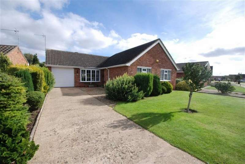 2 Bedrooms Detached Bungalow for sale in Somersby Way, Boston