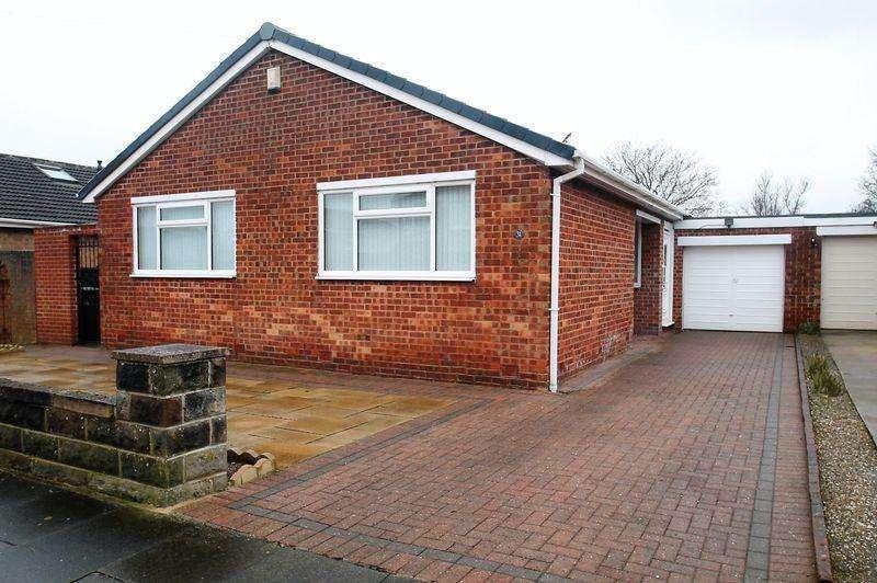 3 Bedrooms Detached Bungalow for sale in Marton Drive, Billingham