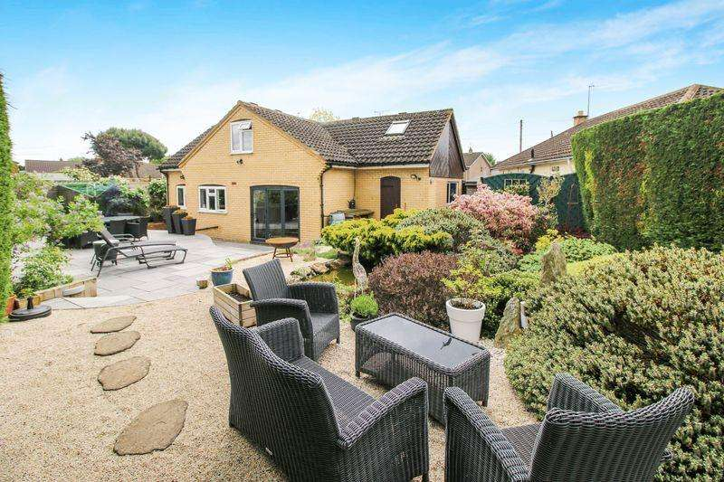 3 Bedrooms Detached Bungalow for sale in Thame
