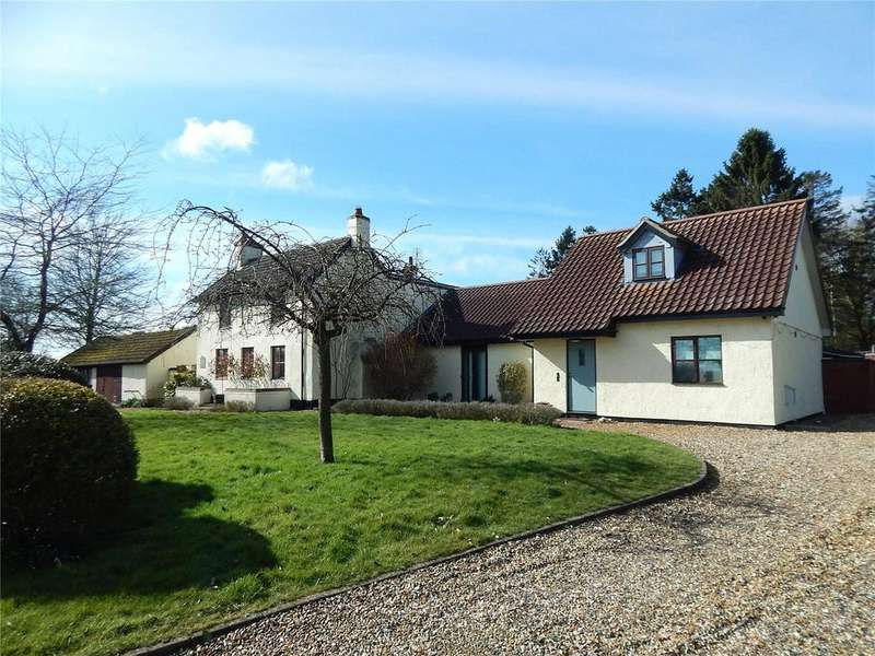 5 Bedrooms House for sale in Scoulton Road, Attleborough, Norfolk