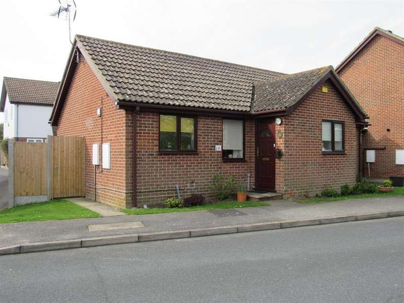 2 Bedrooms Detached Bungalow for sale in Cornwallis Avenue, Herne Bay