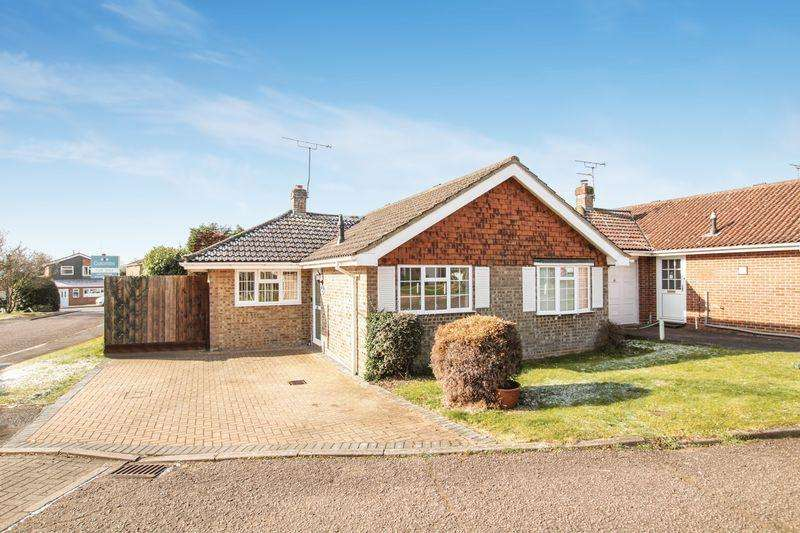 3 Bedrooms Detached Bungalow for sale in Great Kingshill
