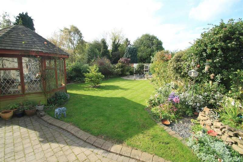 4 Bedrooms Cottage House for sale in Church Street, Sapcote