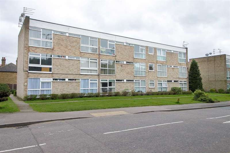 2 Bedrooms Apartment Flat for sale in Barclay Court, Park View, Hoddesdon