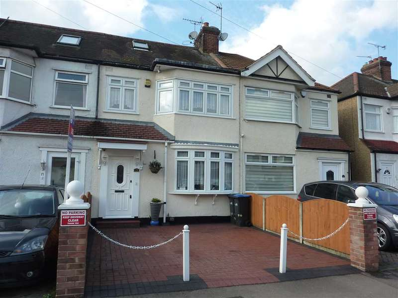 3 Bedrooms House for sale in Newbury Avenue, Middlesex