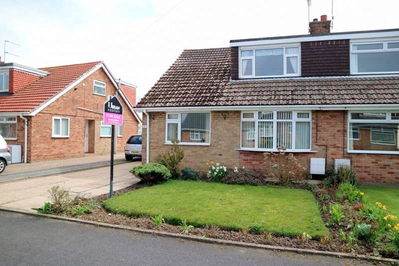 4 Bedrooms Bungalow for sale in Cawood Crescent, Hull, HU11