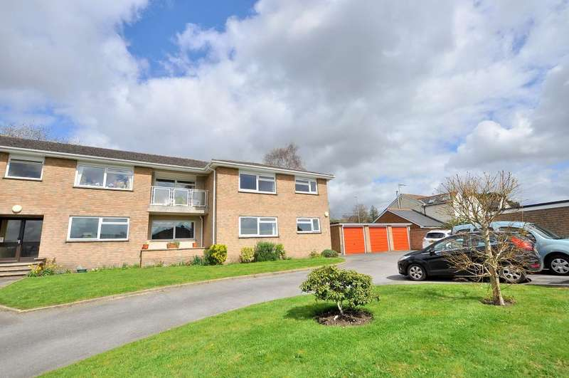 2 Bedrooms Apartment Flat for sale in Bramley Road, Ferndown