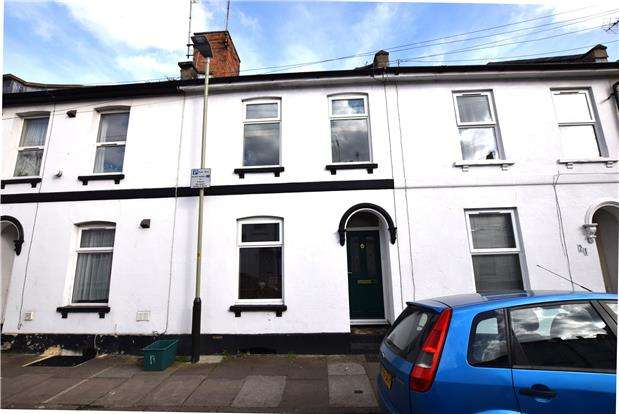 2 Bedrooms Terraced House for sale in Granville Street, CHELTENHAM, Gloucestershire, GL50 4BL