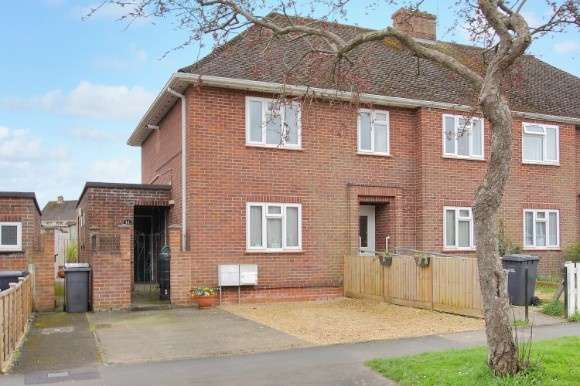 3 Bedrooms Flat for sale in Tollgate Road, Andover