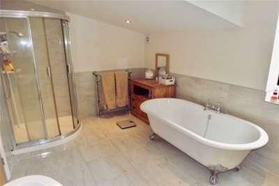 3 Bedrooms House for rent in Gloucester Road RUDGEWAY