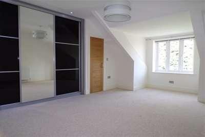 3 Bedrooms Flat for rent in Osborne Road, Jesmond