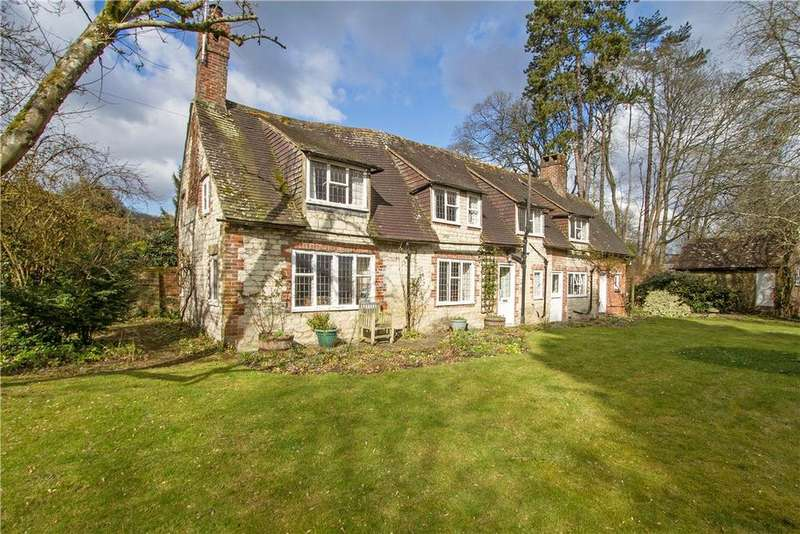 3 Bedrooms Detached House for sale in South Lane, Buriton, Petersfield, Hampshire, GU31