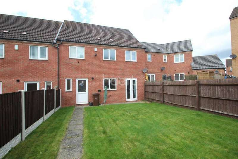 4 Bedrooms Semi Detached House for rent in Murray Close, NG5
