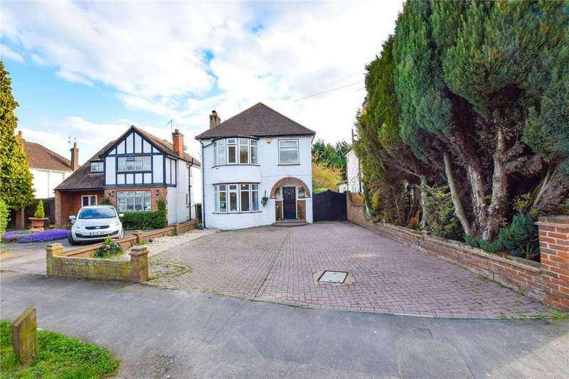 3 Bedrooms Detached House for sale in Bucknalls Lane, Watford, Hertfordshire, WD25