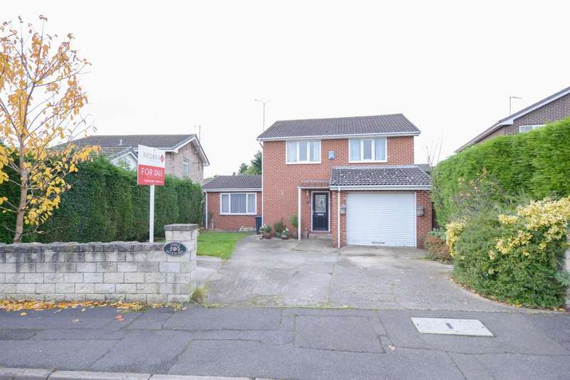 3 Bedrooms Detached House for sale in Dale Close, Staveley