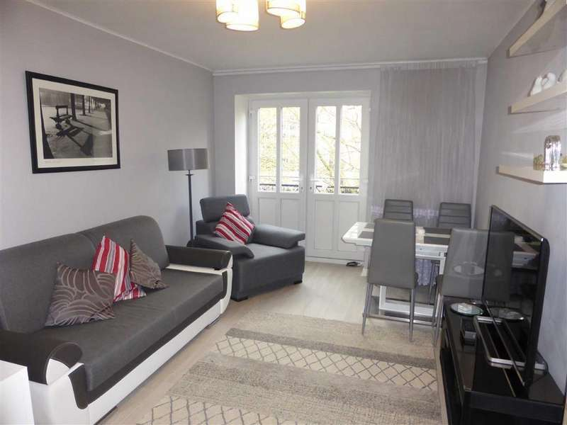 2 Bedrooms Flat for sale in Trinity Court, Cleminson Street, Salford