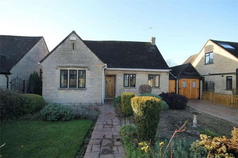2 Bedrooms Detached Bungalow for sale in Grove Bank, Frenchay, Bristol