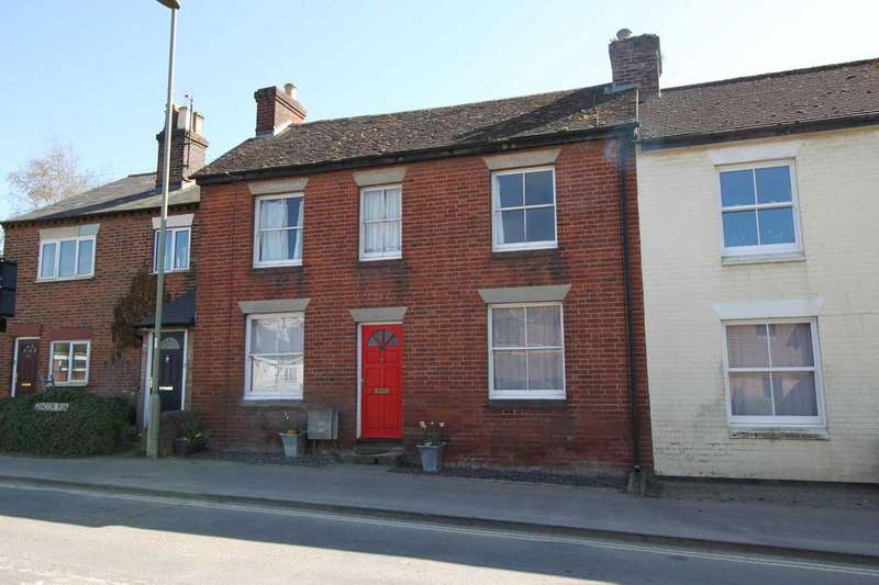 3 Bedrooms Terraced House for sale in London Road, Overton RG25