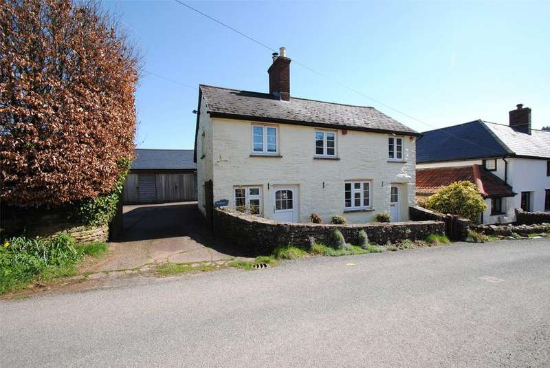 4 Bedrooms Detached House for sale in Upton, Taunton